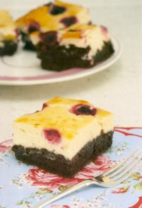 Cheesecake al cioccolato e mirtilli